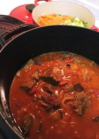 ストウブで牛肉のトマト煮込み