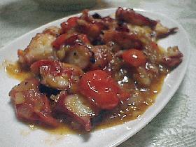 タコとミニトマトのガーリックソテー
