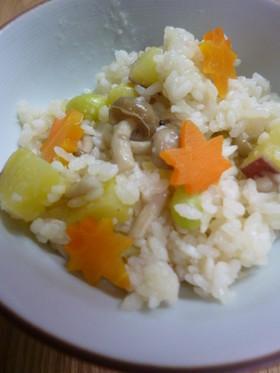 マンナンヒカリで・銀杏とシメジの炊込ご飯