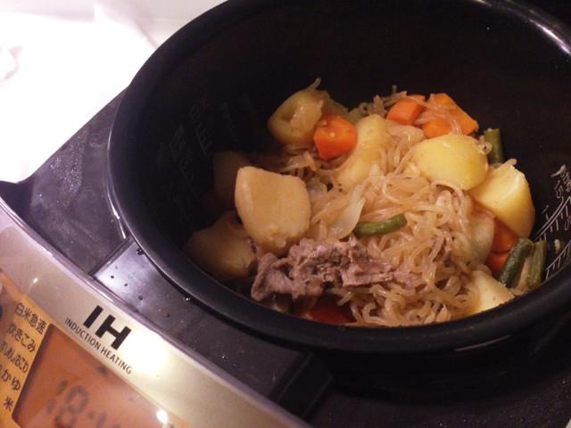 炊飯器で簡単、肉じゃが