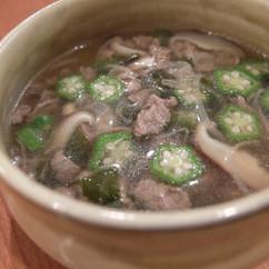 牛肉のわかめスープ