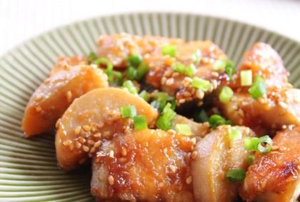 ぶりと里芋の甘辛ごま照り焼き