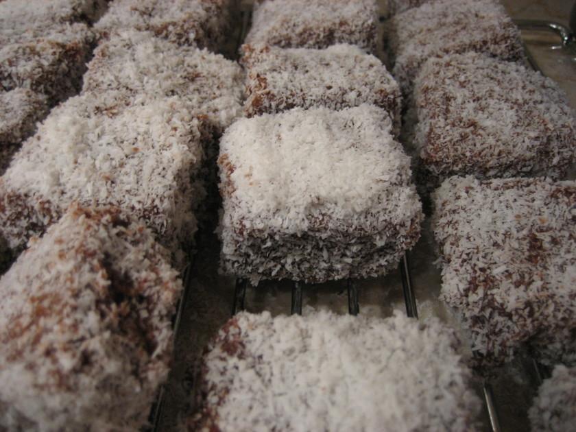 ラミントン(オーストラリアのお菓子)