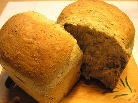 胡麻ごまゴマの黒ごま食パン♪
