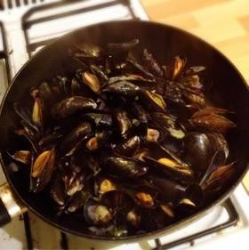 美味!ムール貝の白ワイン蒸☆
