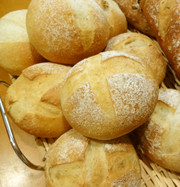 簡単★シンプルなプチパン(基本のパン)の写真