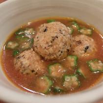 野菜とひじきのチキンミートボールスープ