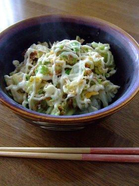 究極のB級レシピ☆キャベツ丼でひとり飯