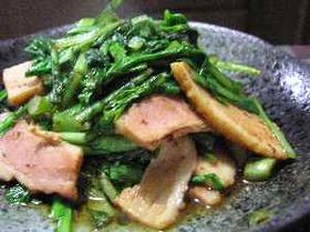 春菊とベーコンの炒め物