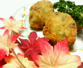 めんつゆで味付け☆鶏ミンチと小松菜ボール
