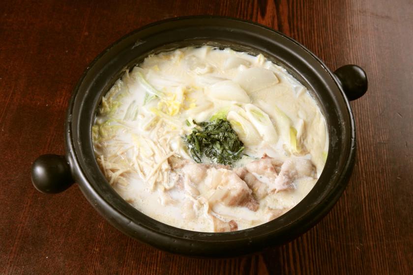 豚バラと冬野菜の豆乳鍋