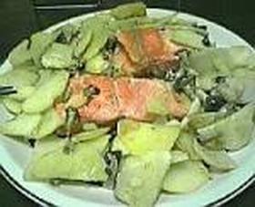 鮭とシメジのフライパン焼き