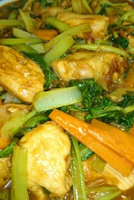 小松菜と鶏ムネ肉のこってり味噌炒め