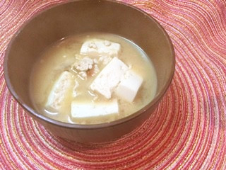 【写真付】余ったひき肉で本格お味噌汁!!