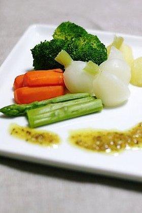 温野菜のアンチョビチーズソース