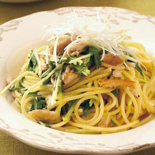 あじの干ものと水菜のペペロンチーノ