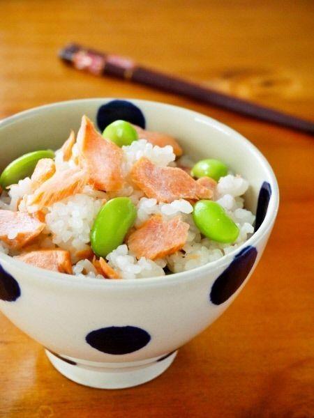 鮭と枝豆の白だし混ぜご飯♪