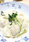 簡単 鶏団子とカブのクリーム煮
