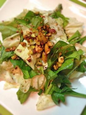 ピスタチオで簡単☆デリ風サラダ