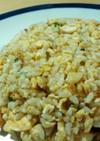 シンプルで美味い!!ねぎと卵の黄金炒飯