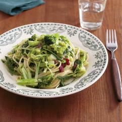 ブロッコリーと水菜のアンチョビーパスタ