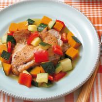 鶏ももと夏野菜のイタリア風蒸し煮