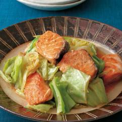 鮭とキャベツのごまみそ炒め