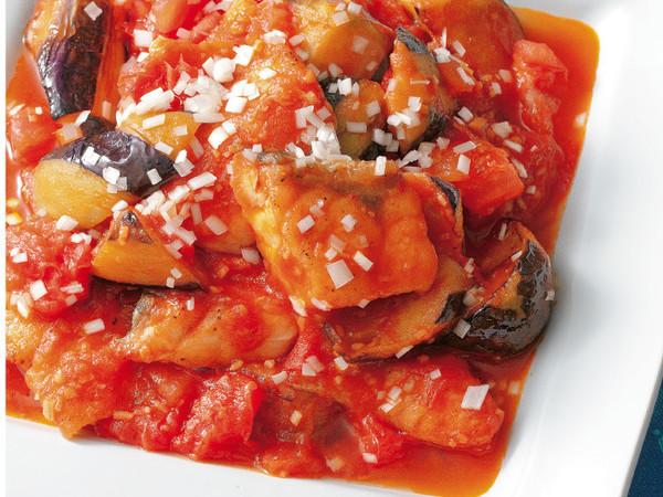 鮭となすのチリトマト炒め