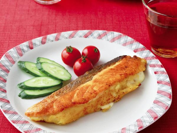 鮭のポテトサンドムニエル