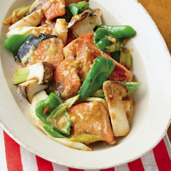 鮭とエリンギのオイスターマヨ炒め