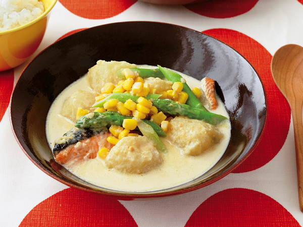 鮭とじゃがいものみそクリーム煮
