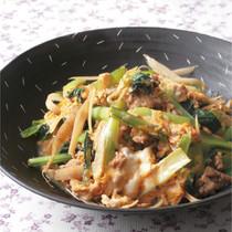 小松菜とひき肉の甘辛卵とじ