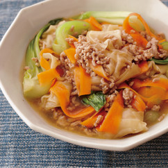 青梗菜とワンタンのそぼろ煮