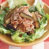 カリカリ豚バラとなすのおかずサラダ