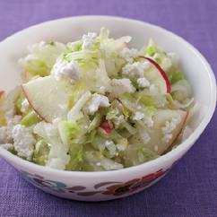 白菜とりんごのチーズサラダ