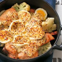 鮭とゆで卵のグラタン