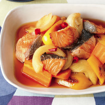 鮭と野菜の焼き漬け