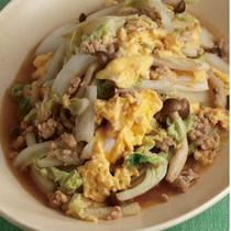 白菜と鶏ひき肉のふんわり卵炒め