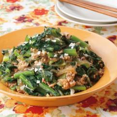 小松菜と豚ひき肉の中華風しょうゆ炒め