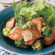 鮭とブロッコリーのカレーマヨあえ