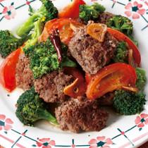 ひき肉とブロッコリーのぺペロンチーノ炒め