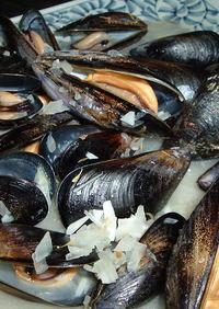 ムール貝の香草ワイン蒸し