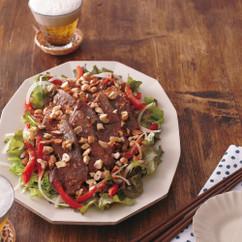 野菜たっぷり焼き肉サラダ