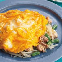 もやしと鶏肉の中華風炒め ふんわり卵のせ