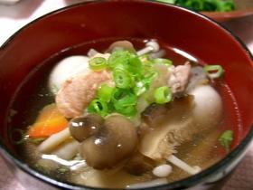秋を満喫☆彡きのこと鮭のけんちん汁