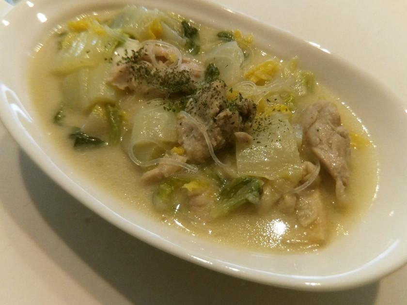 トムカーガイ 鶏のココナッツミルクスープ