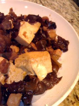 中国家庭料理:きくらげと豆腐の黒酢炒め