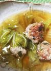 白菜とねぎ入り肉だんごの煮込みスープ