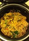 キムチ鍋の素と炊飯器で簡単ビビンバ