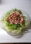 レタスと水菜とキノコのサラダです。